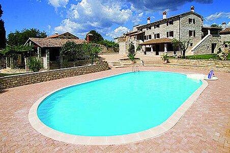 Kuće za odmor - Velik izbor villa i kuća za odmor sa bazenom. Doživite nezaboravan odmor!